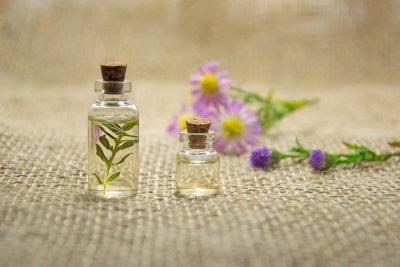 Ätherisches Öl Cajeput: Herstellung, Inhaltsstoffe, Eigenschaften