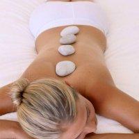 Cold Stone: kühle Marmorsteine für wohltuende Aktivierung