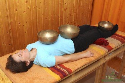 Klangmassage in Rückenlage
