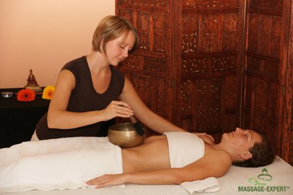 Klangtherapie am Bauch