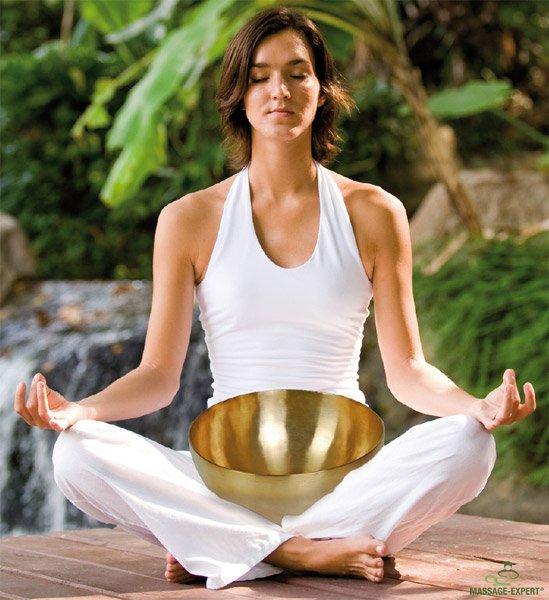 Meditation mit einer Klangschale