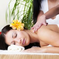 Lomi-Lomi-Massage: Traditionelle Hawaiianische Massage