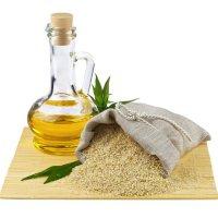 Sesamöl: Naturbelassenes Öl der Sesamsamen für ayurvedische Anwendungen